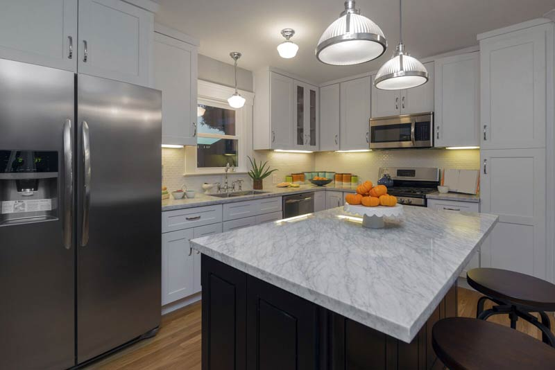 Granite Countertops White Black Cabinets2 Bloomington Granite Countertops  White Black Cabinets2 Bloomington Quality Surfaces
